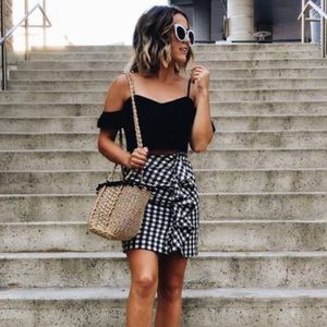 H&M Gingham Ruffle Asymmetrical Mini Skirt